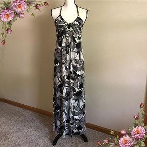 MAKE AN OFFER ;) Halter Top floral summer dress